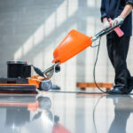 Cleaner buffing floor with machine